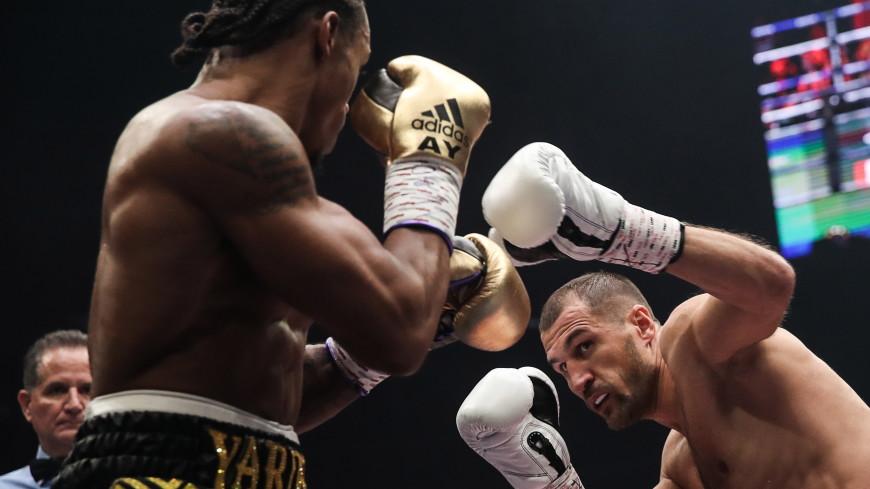 Россиянин Ковалев нокаутировал британца Ярда и защитил титул чемпиона