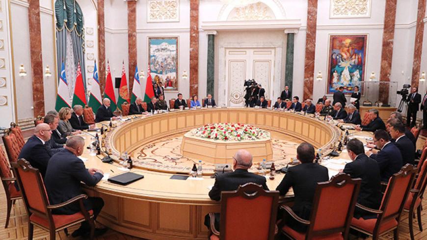 Беларусь и Узбекистан наладят поставки совместной продукции в третьи страны