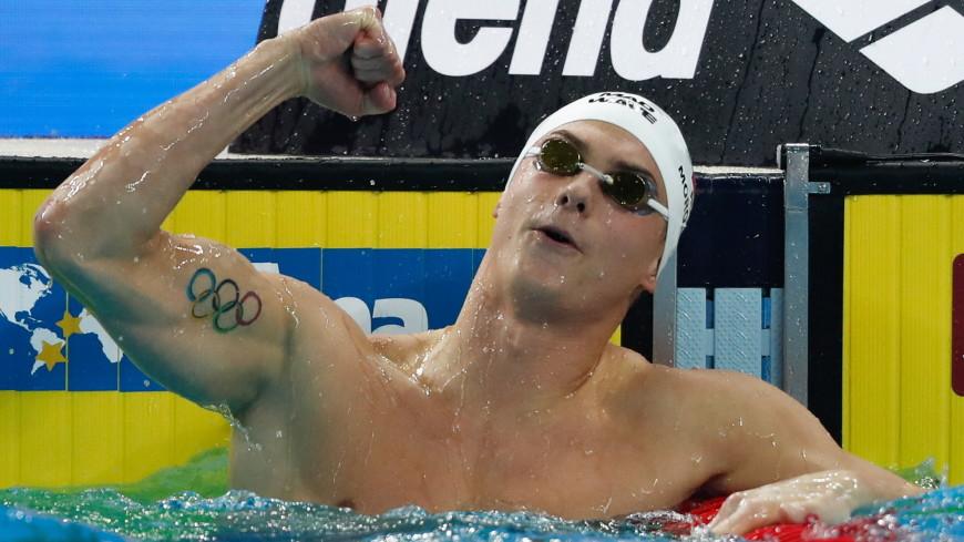 Морозов взял два золота во второй день КМ по плаванию