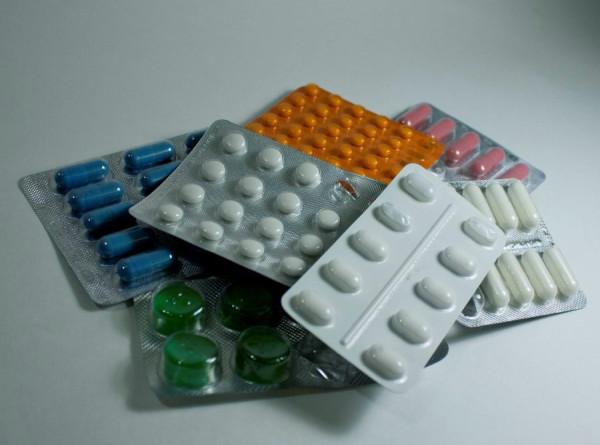 Назван опасный побочный эффект антибиотиков