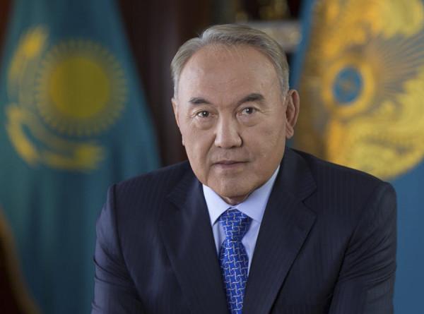 Назарбаев поблагодарил казахстанцев за поддержку при становлении независимости страны