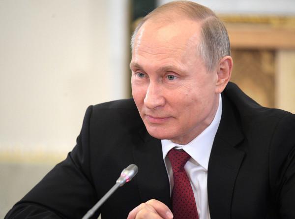 Путин заявил, что развитие диалога РФ и Великобритании отвечало бы интересам обеих стран
