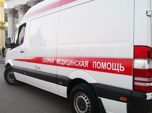 Главврачи томских больниц получили ключи от новых машин «скорой помощи»