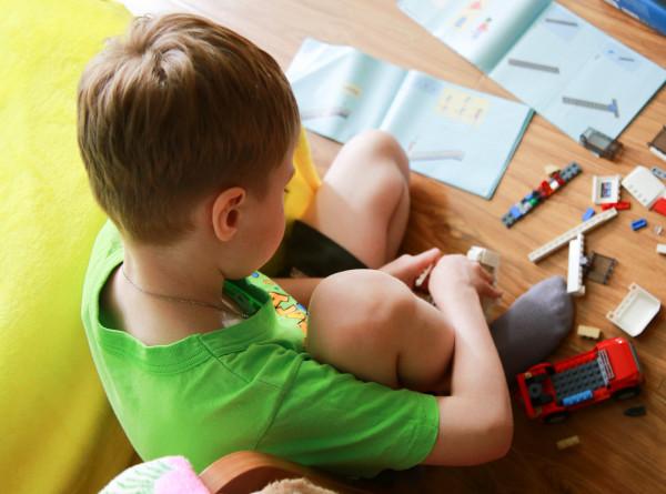 Ученые рассказали, как можно улучшить речевые навыки ребенка