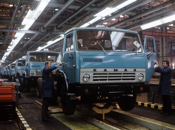 Путь длиной в полвека: 50 лет назад началось строительство автозавода «КАМАЗ»