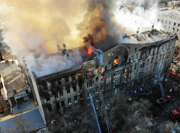 Трагедия в Одессе: число жертв пожара в колледже достигло четырех
