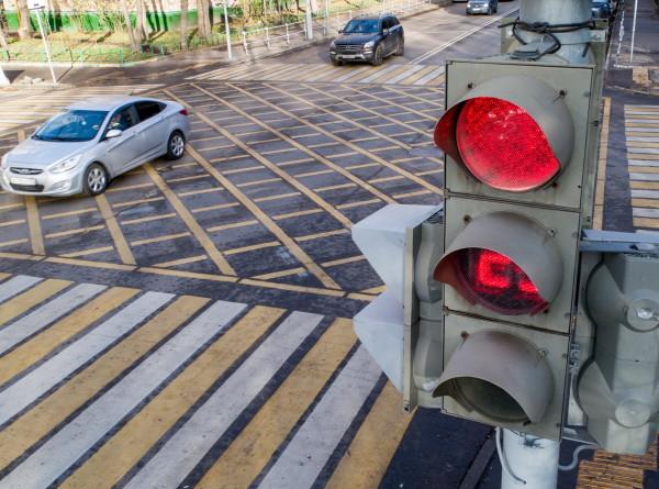 Больше теории и никаких «площадок»: важные изменения для будущих водителей