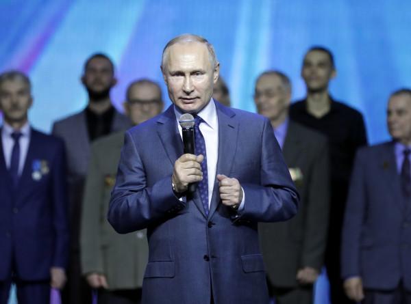 Путин: Достижениями «Камаза» гордится вся Россия
