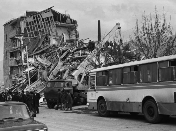 Незаживающая рана: 31 год назад произошло землетрясение в Спитаке