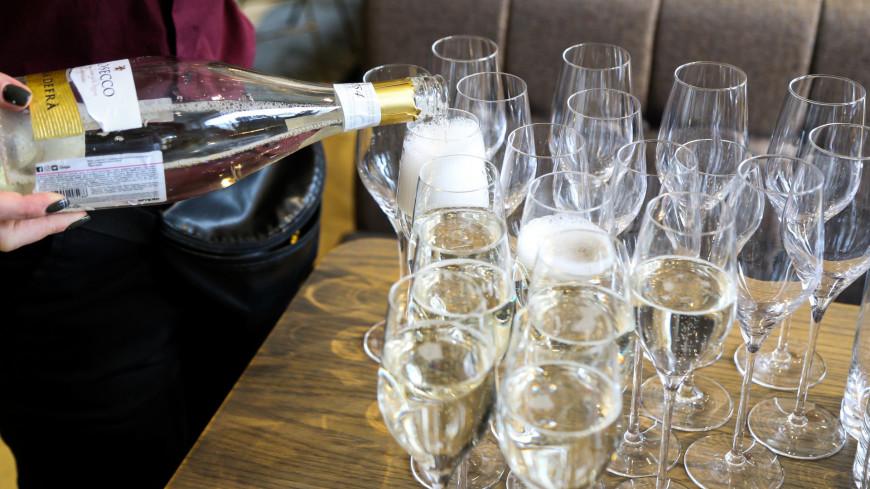 алкоголь, шампанское, бокал, бутылка, шипучка, газы, вино, игристое вино, пузыри, пузырьки,