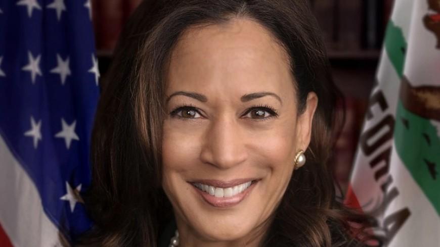 Единственная темнокожая женщина – сенатор США выбыла из президентской гонки