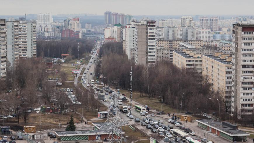 """Фото: Артем Куковский (МТРК «Мир») """"«Мир 24»"""":http://mir24.tv/, квартира, москва, хрущевки, коньково, спальный район, недвижимость, квартиры, улицы, дом"""