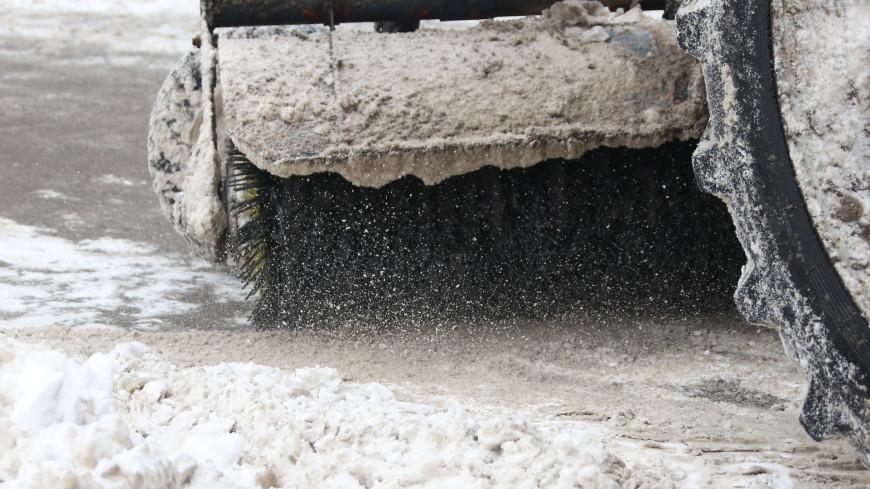 Власти напомнили московским водителям о «радостях» зимней жизни