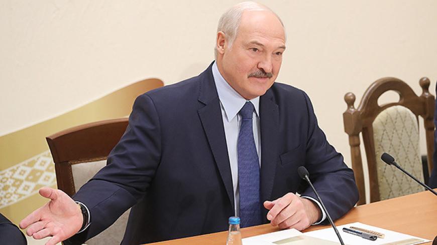 Лукашенко: Клановости в медицине быть не должно