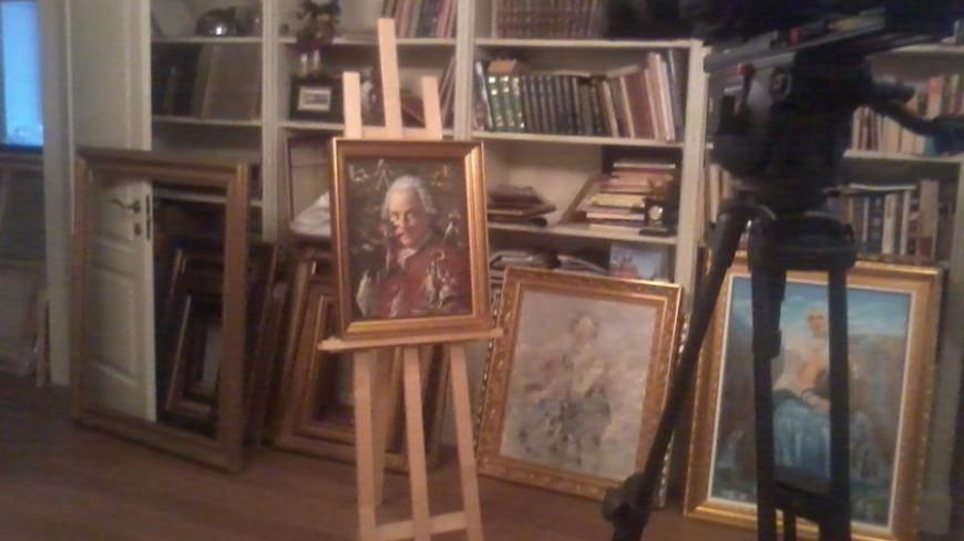 "Фото: Елена Андреева ""«Мир24»"":http://mir24.tv/, картины, мастерская, съемки, камера, мольберт"
