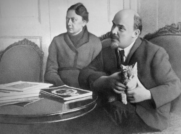 Главная женщина вождя: к 150-летию Надежды Крупской
