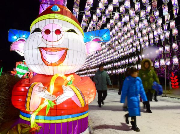 Время Желтой Земляной Свиньи: 10 карточек о китайском Новом годе