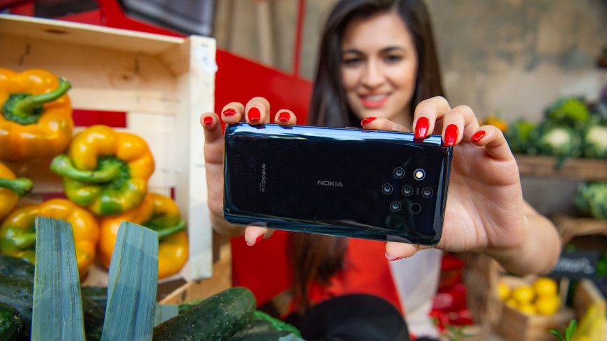 Nokia создала смартфон с пятью камерами