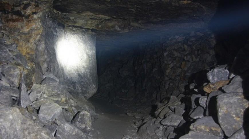 """Источник: Елена Андреева, """"«Мир 24»"""":http://mir24.tv/, шахта, пещера"""