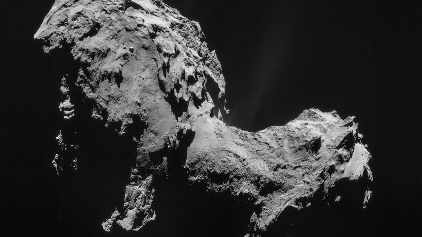 Комета Чурюмова-Герасименко покрылась разломами из-за стресса