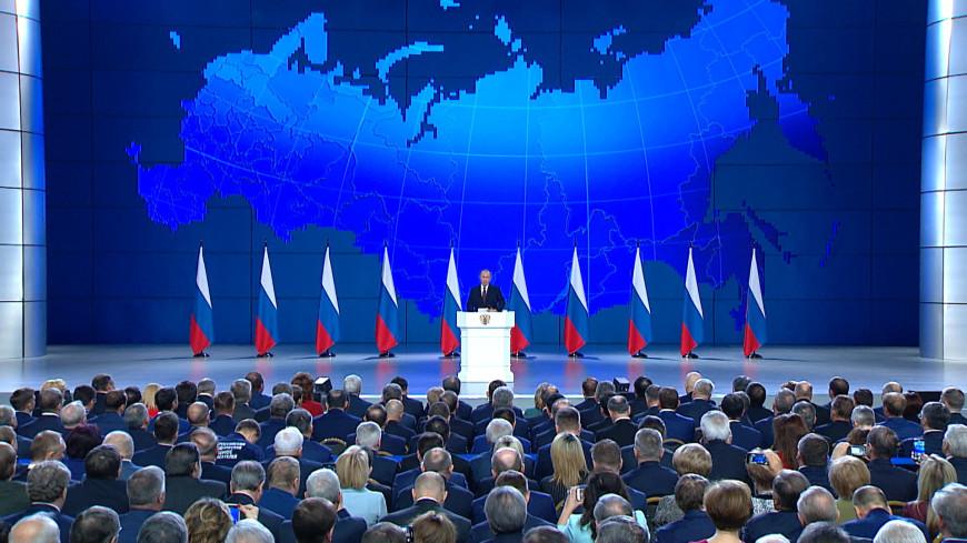 Путин: Нужно финансово помочь регионам, где внедряют социальный контракт