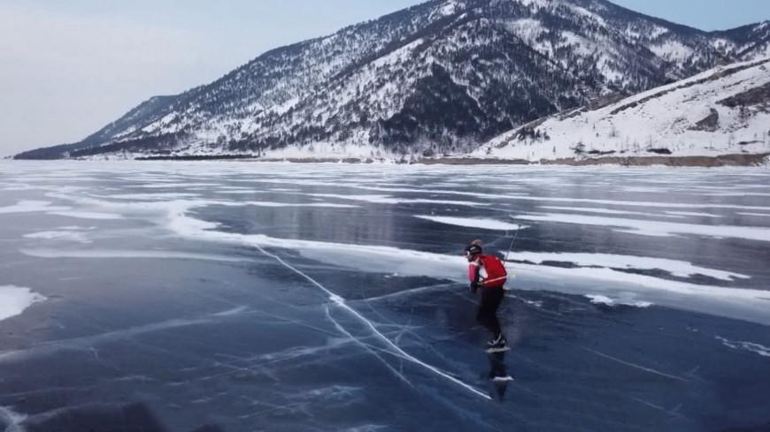 На лыжах, коньках и велосипеде: на Байкале прошли гонки «Ледовый шторм»