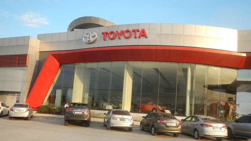 Toyota отзывает из России свыше 800 авто из-за ошибок в гибридной системе