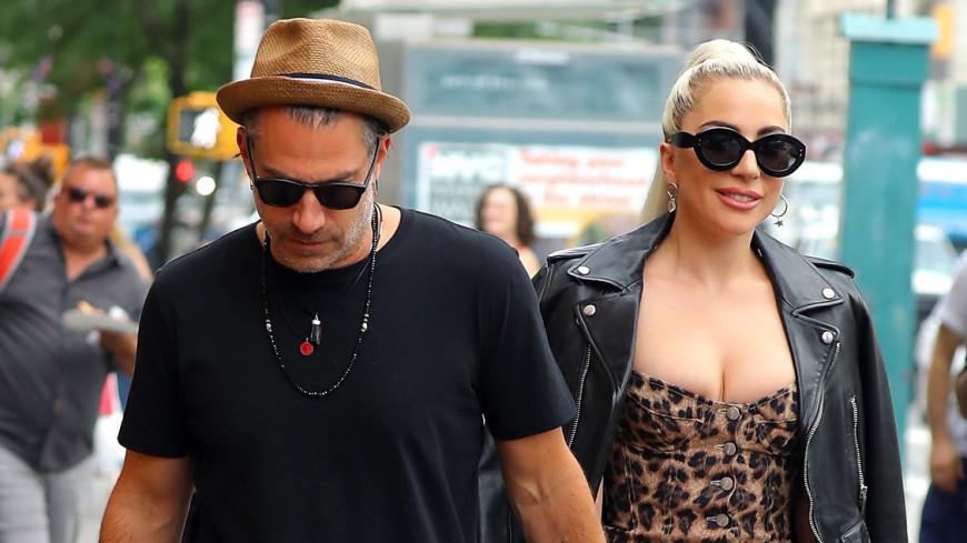 Леди Гага разорвала помолвку с очередным женихом