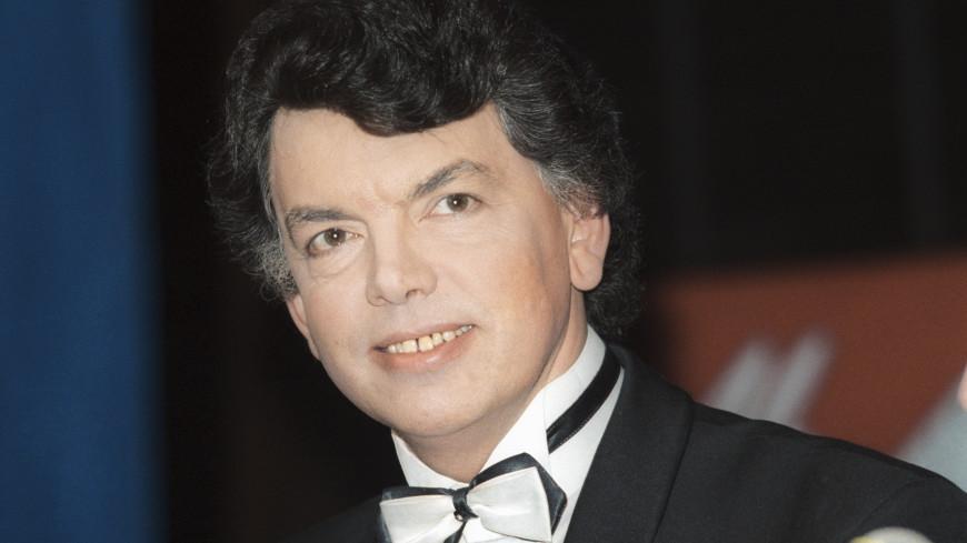 Умер Сергей Захаров – исполнитель песен «Очи черные» и «Вечерний звон»