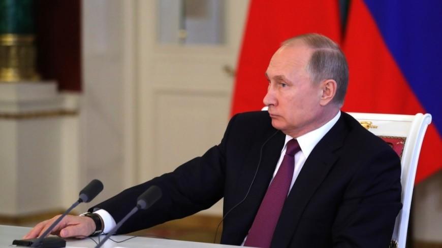Путин призвал заняться благоустройством спальных районов