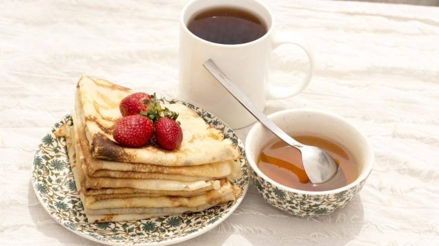 Блины - традиционное блюдо на Масленичную неделю (Масленица)