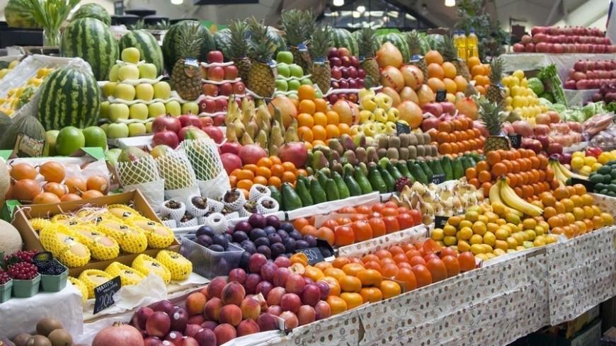 """Фото: Максим Кулачков / """"«МИР 24»"""":http://mir24.tv/, фрукты, рынок, торговля"""