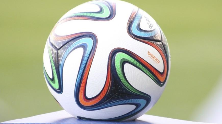 Развод Аршавиных: адвокату Добровинскому подарили мячик