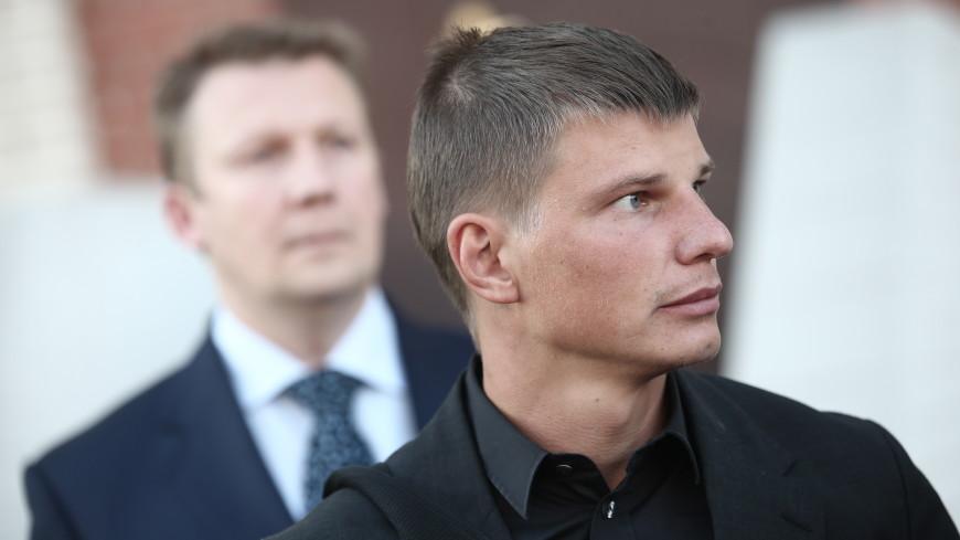 Жена Аршавина пожаловалась в полицию из-за угроз со стороны экс-футболиста