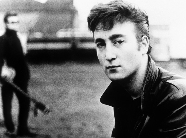 И Леннон такой молодой: Всемирный день The Beatles