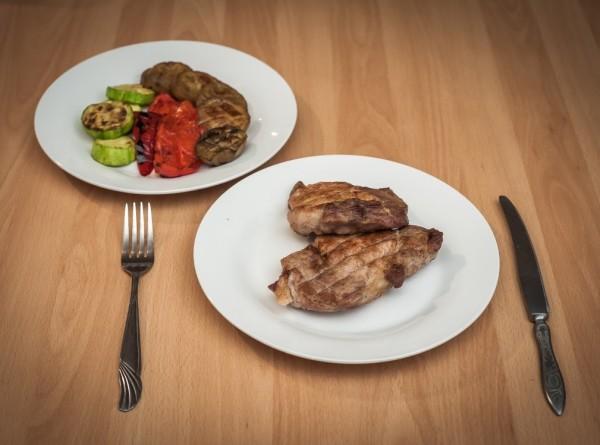 Поздние ужины признали безопасными для здоровья