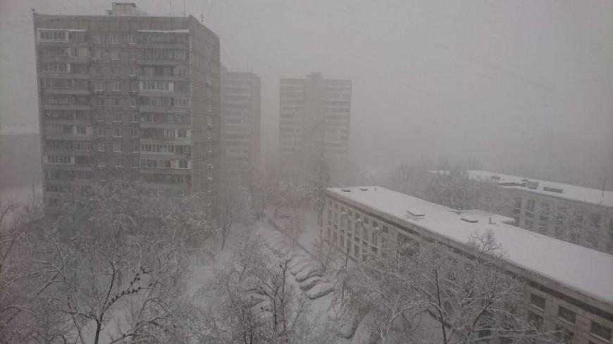 Обрушившийся на Москву снегопад сделает дороги опасными