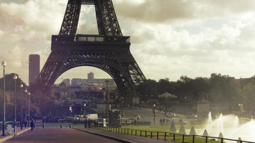 "Фото: Елена Андреева, ""«Мир 24»"":http://mir24.tv/, париж, эйфелева башня"