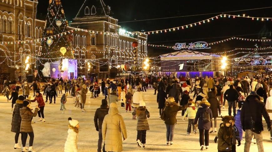 Каток на Красной площади открылся ледовым мюзиклом