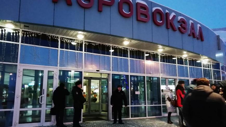 Трезвый и адекватный: пассажиры рейса Сургут – Москва рассказали о состоянии угонщика