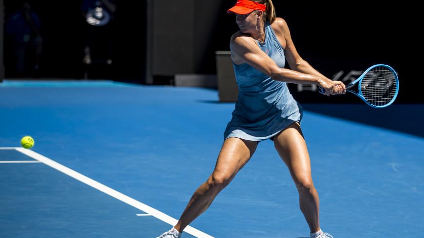 Шарапова одолела Возняцки и вышла в 1/8 финала Australian Open