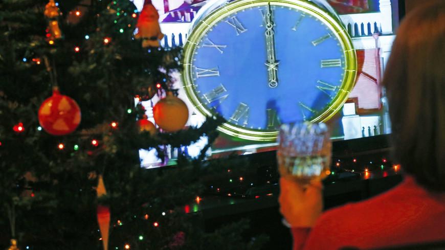Телевизор, сани, бары: как россияне развлекались в новогодние праздники