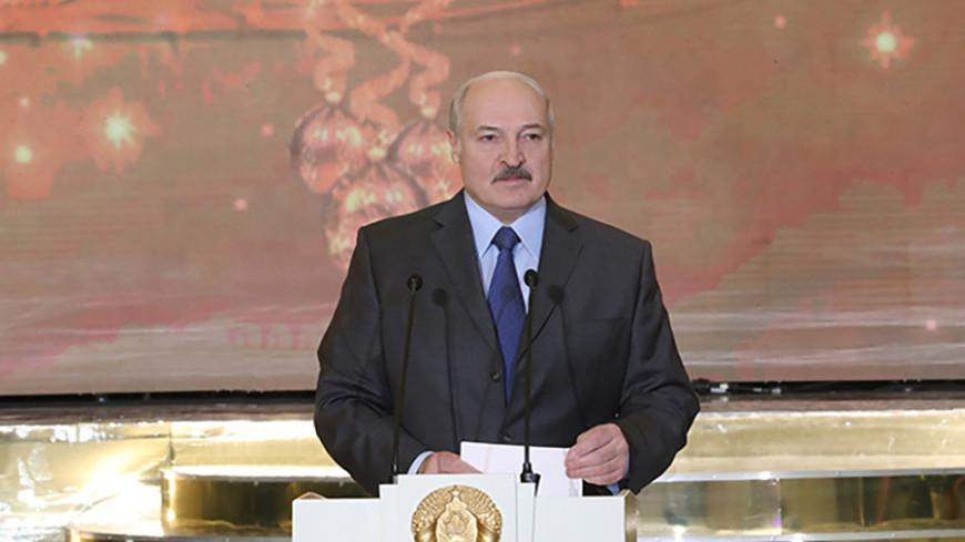 «Попробуют на зуб»: Лукашенко рассказал, каким будет для Беларуси 2019 год
