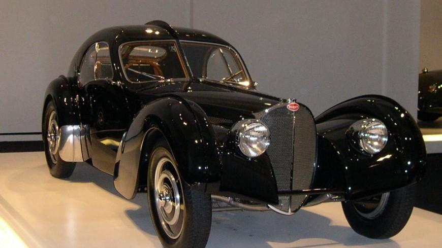 Пылившиеся в гараже у бельгийца уникальные Bugatti продадут на аукционе