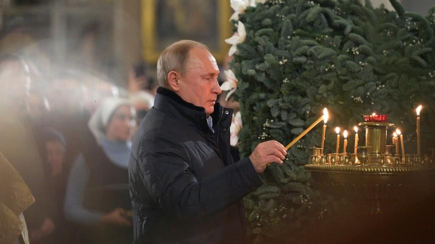 На Рождественском богослужении в Спасо-Преображенском соборе.