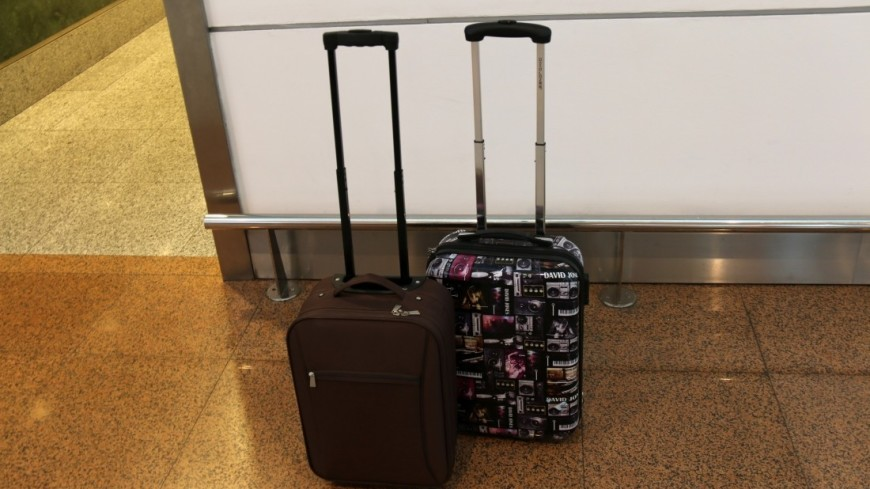 В Алматы живого человека пытались сдать в багаж в аэропорту