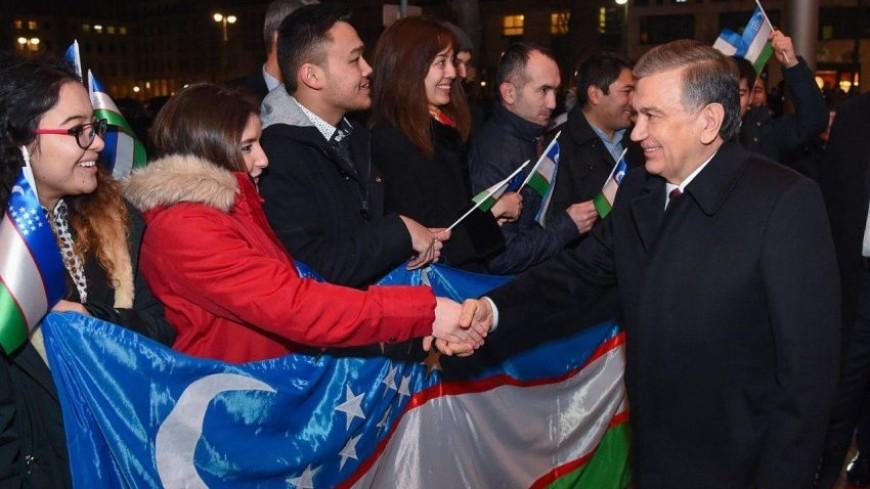 «Чем больше знаний, тем мы сильнее»: Мирзиеев пообщался с узбекской молодежью в ФРГ