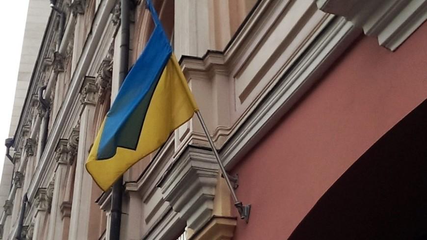"""Фото: Елизавета Шагалова, """"«Мир24»"""":http://mir24.tv/, украина, флаг украины"""