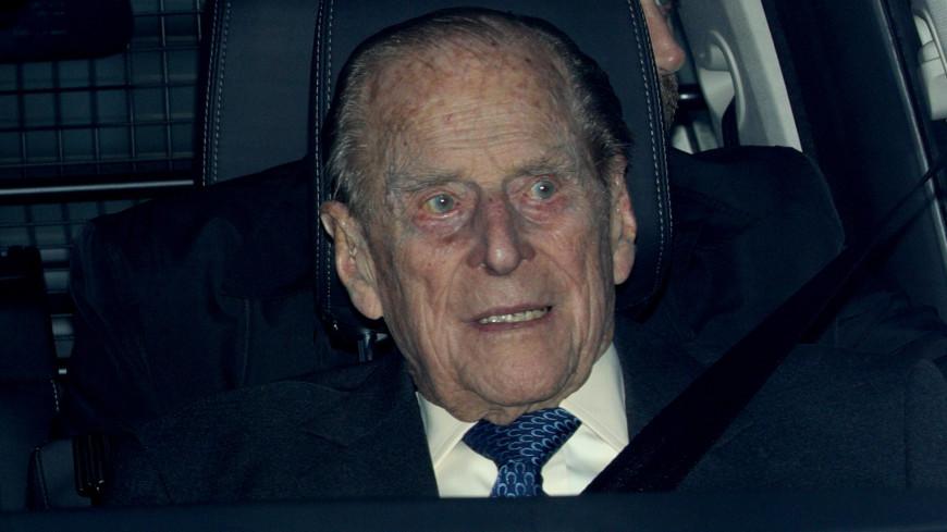 97-летний муж Елизаветы II разбился на машине