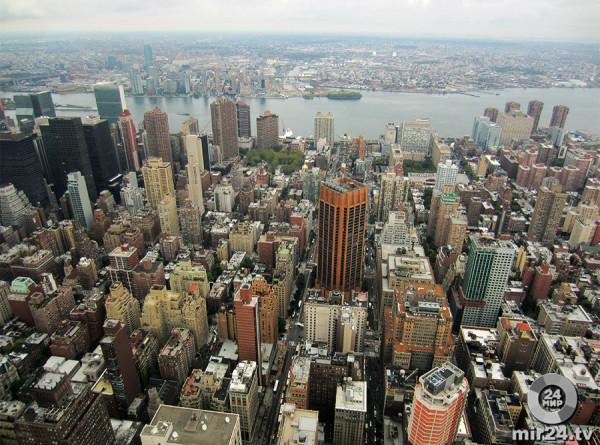 Жители Нью-Йорка из-за жары остались без света
